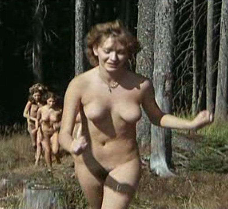 Кармен Шевалье голая. Фото - 1