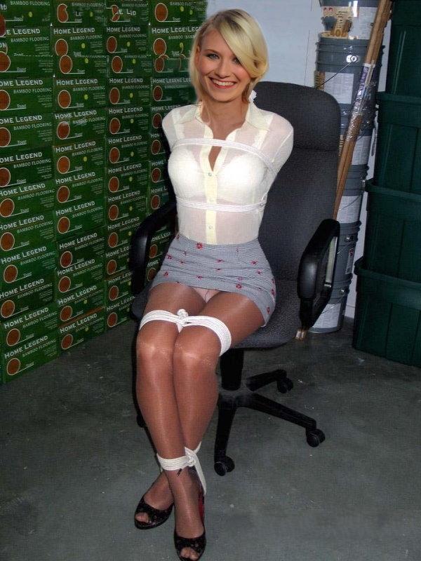 Каролин Нимчик голая. Фото - 5