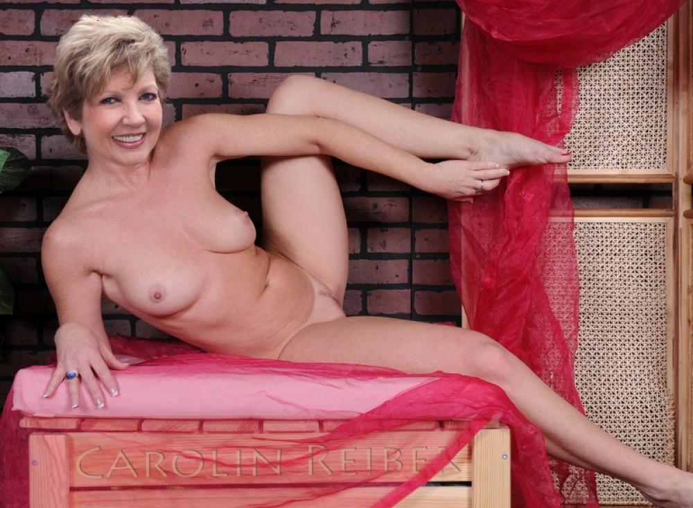 Carolin Reiber Nackt. Fotografie - 13