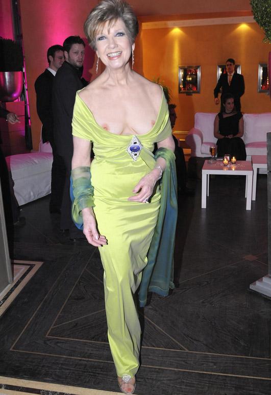 Carolin Reiber Nackt. Fotografie - 16
