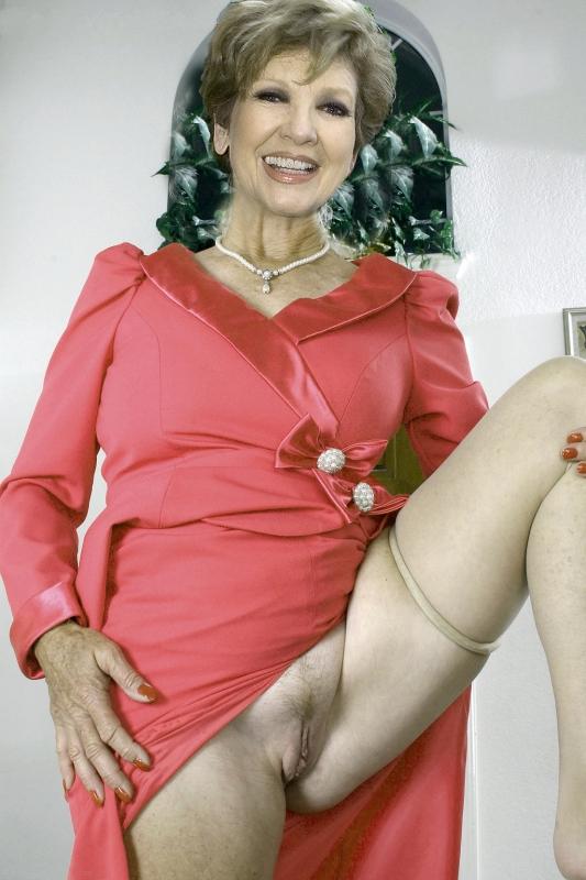 Carolin Reiber Nackt. Fotografie - 25