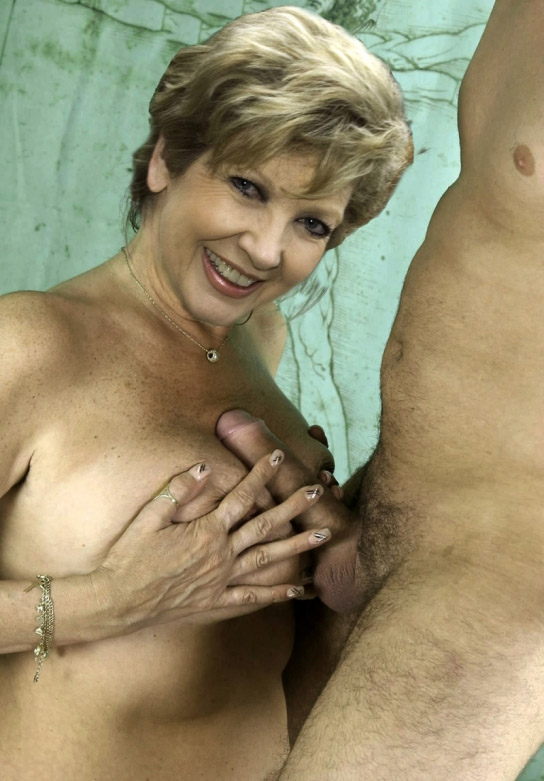 Carolin Reiber Nackt. Fotografie - 7