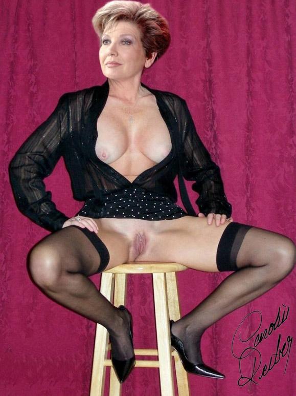 Carolin Reiber Nackt. Fotografie - 8