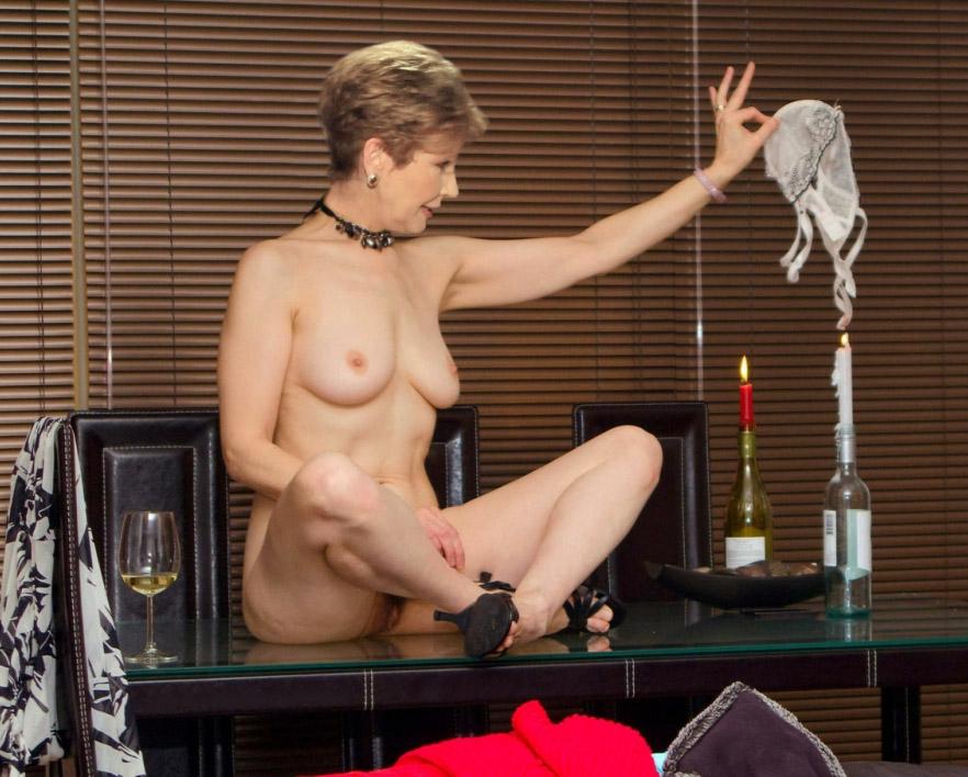 Carolin Reiber Nackt. Fotografie - 80