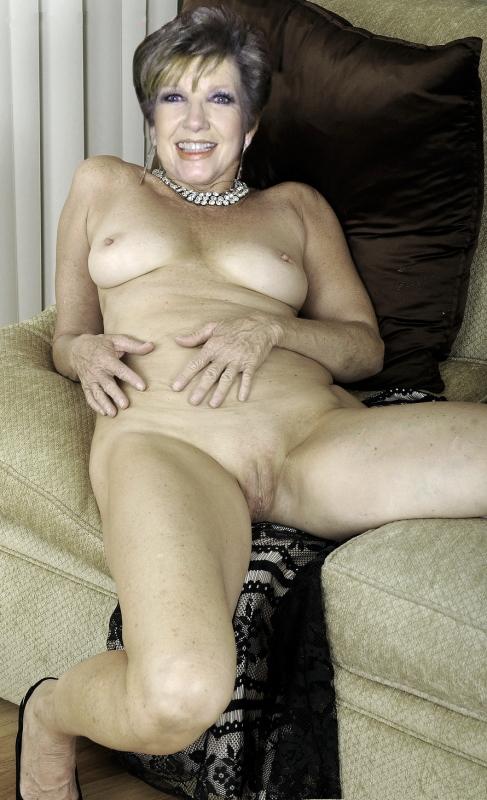 Carolin Reiber Nackt. Fotografie - 81