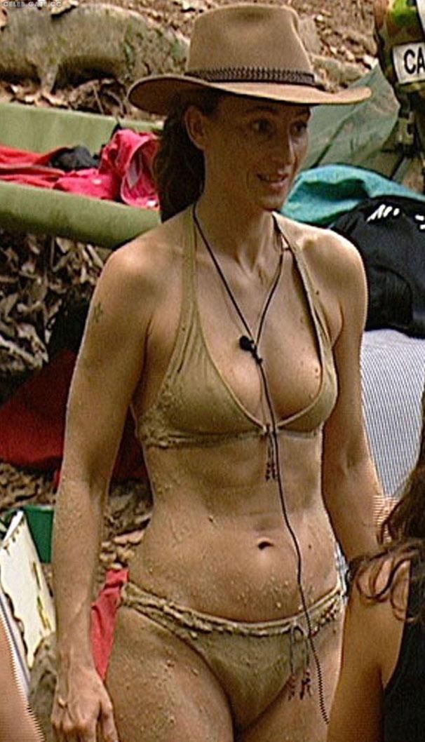 Каролина Байль голая. Фото - 11