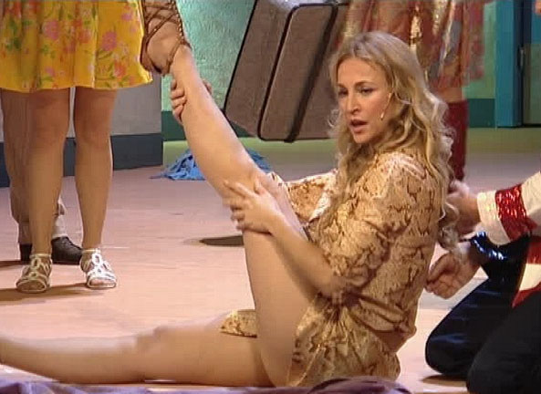 Каролина Байль голая. Фото - 14