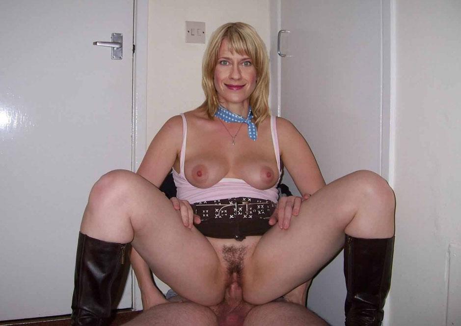 Caroline Peters  nackt