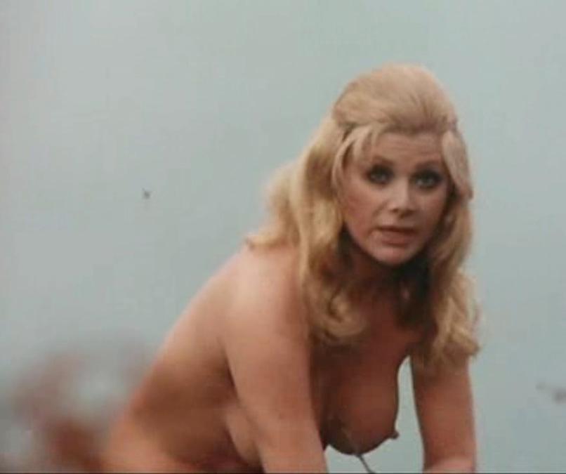 Криста Линдер голая. Фото - 26