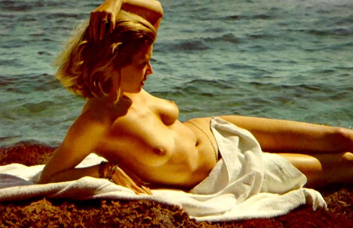 Кристиана Крюгер голая. Фото - 1