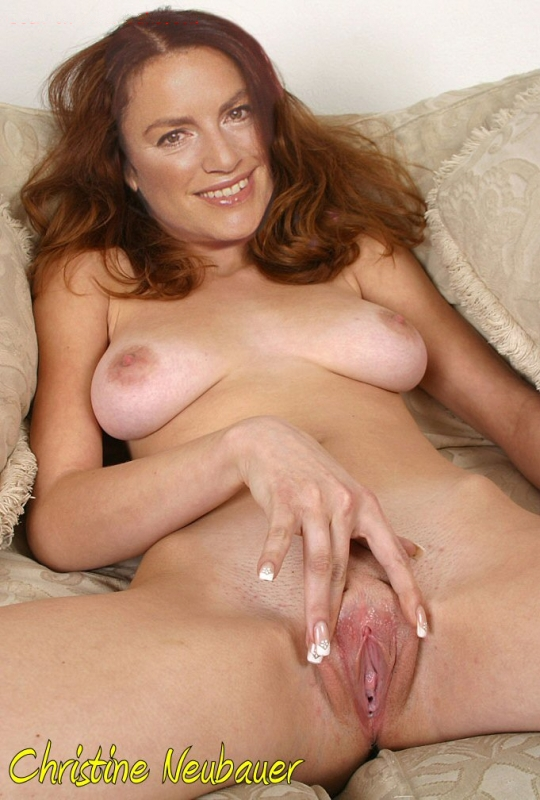 Christine Neubauer nude. Photo - 28