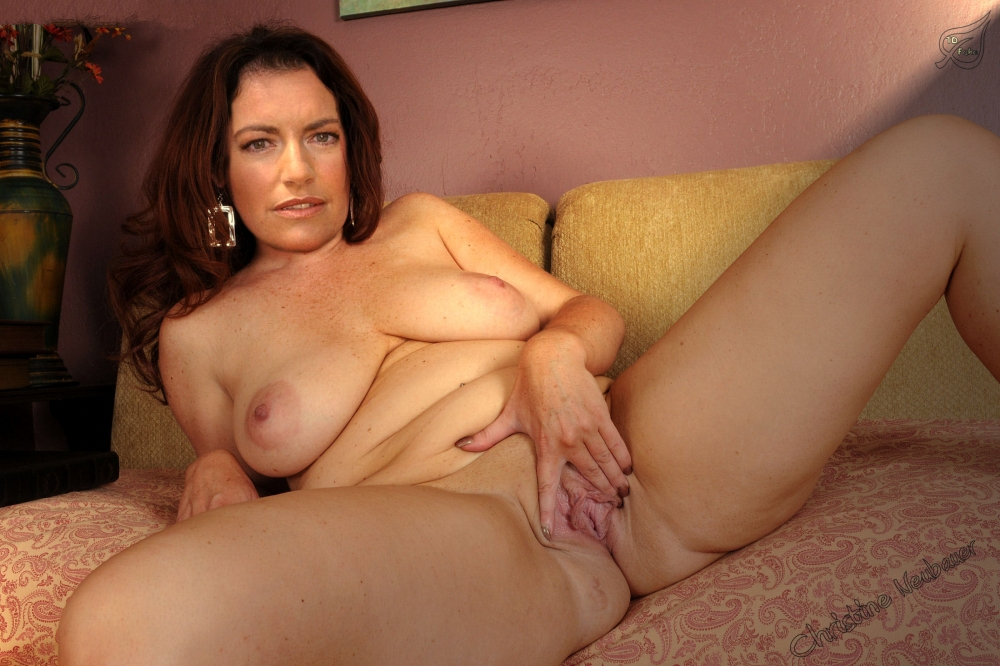 Christine Neubauer nude. Photo - 61