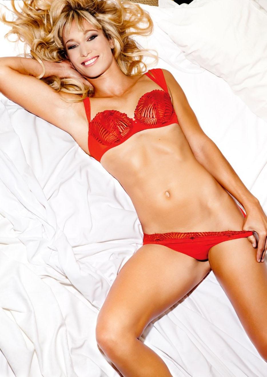 Кристин Тэйсс голая. Фото - 10