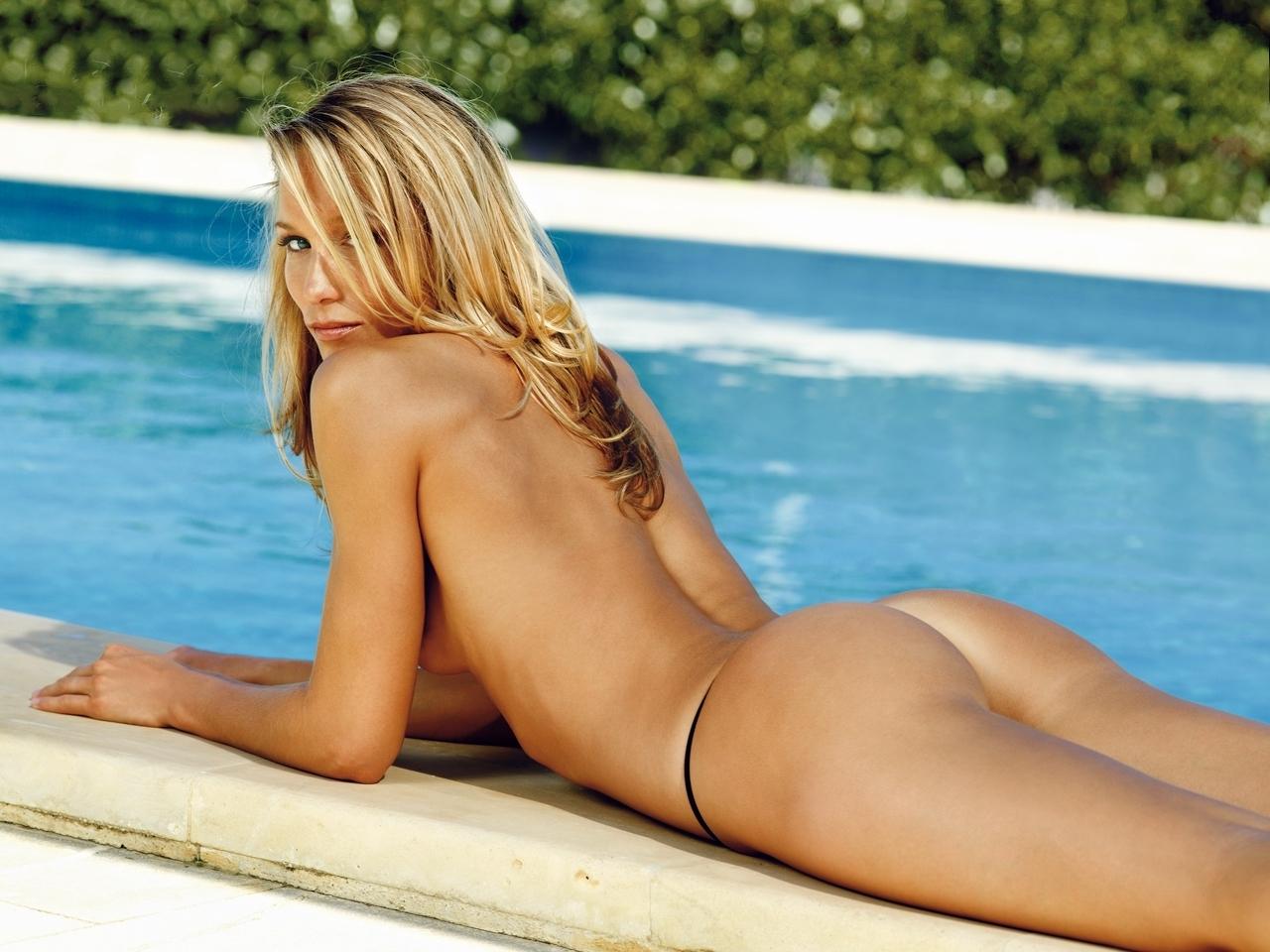 Кристин Тэйсс голая. Фото - 22