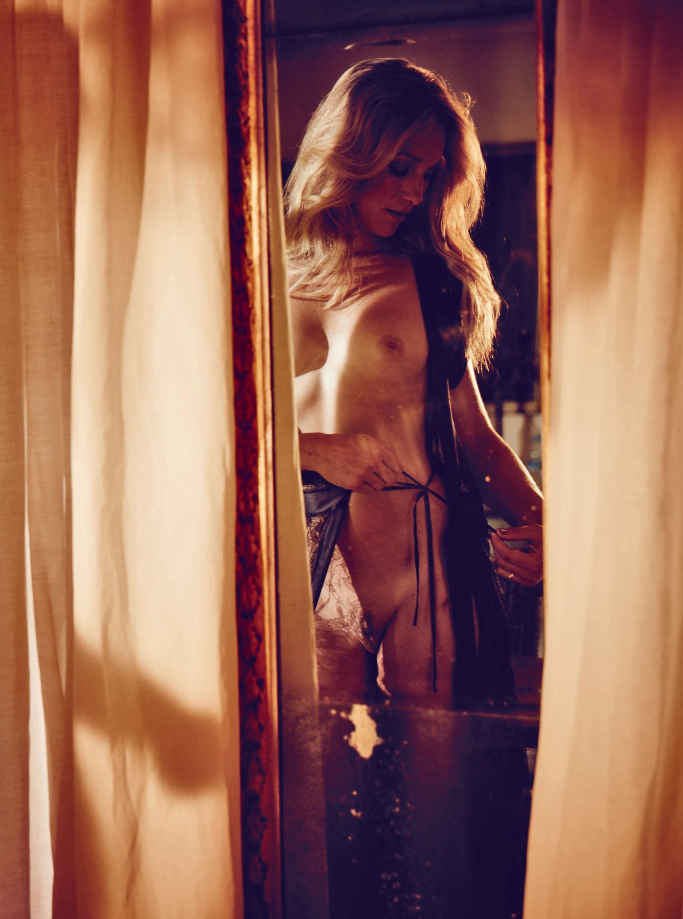 Кристин Тэйсс голая. Фото - 32