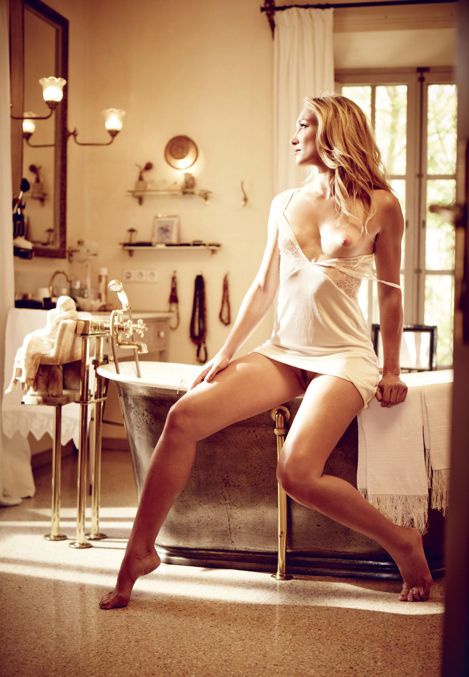 Кристин Тэйсс голая. Фото - 43