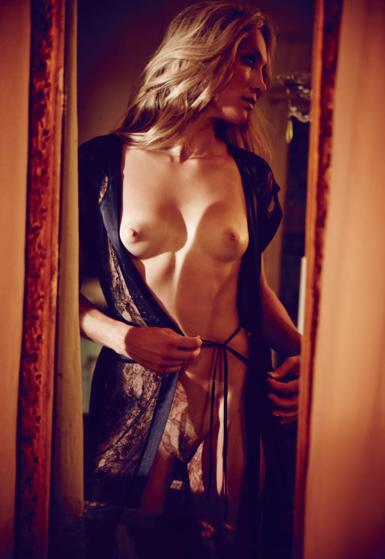 Кристин Тэйсс голая. Фото - 45