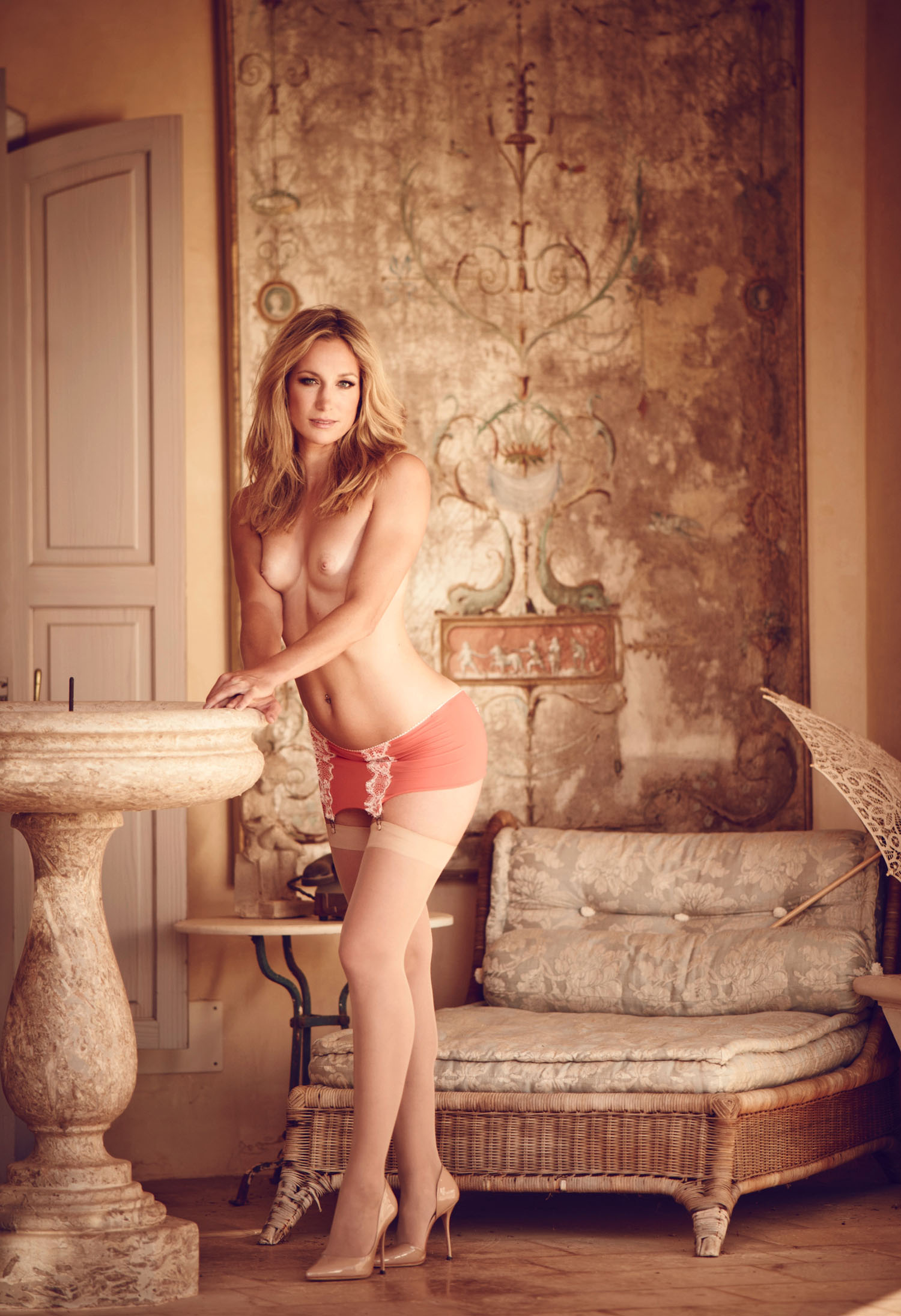 Кристин Тэйсс голая. Фото - 49