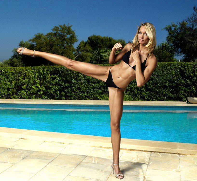 Кристин Тэйсс голая. Фото - 5