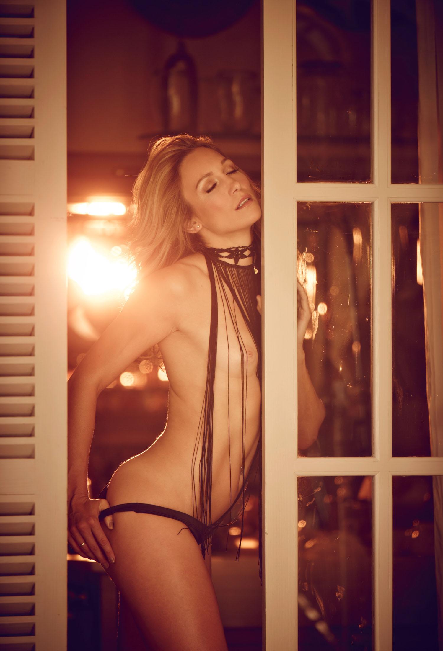 Кристин Тэйсс голая. Фото - 59