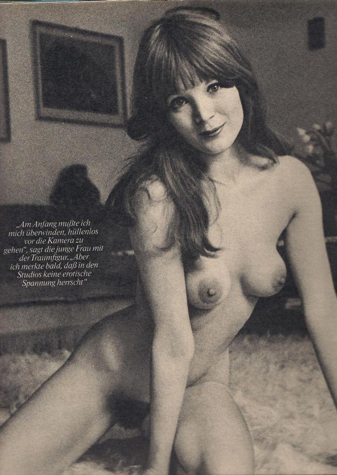 Клаудия Филерз голая. Фото - 18