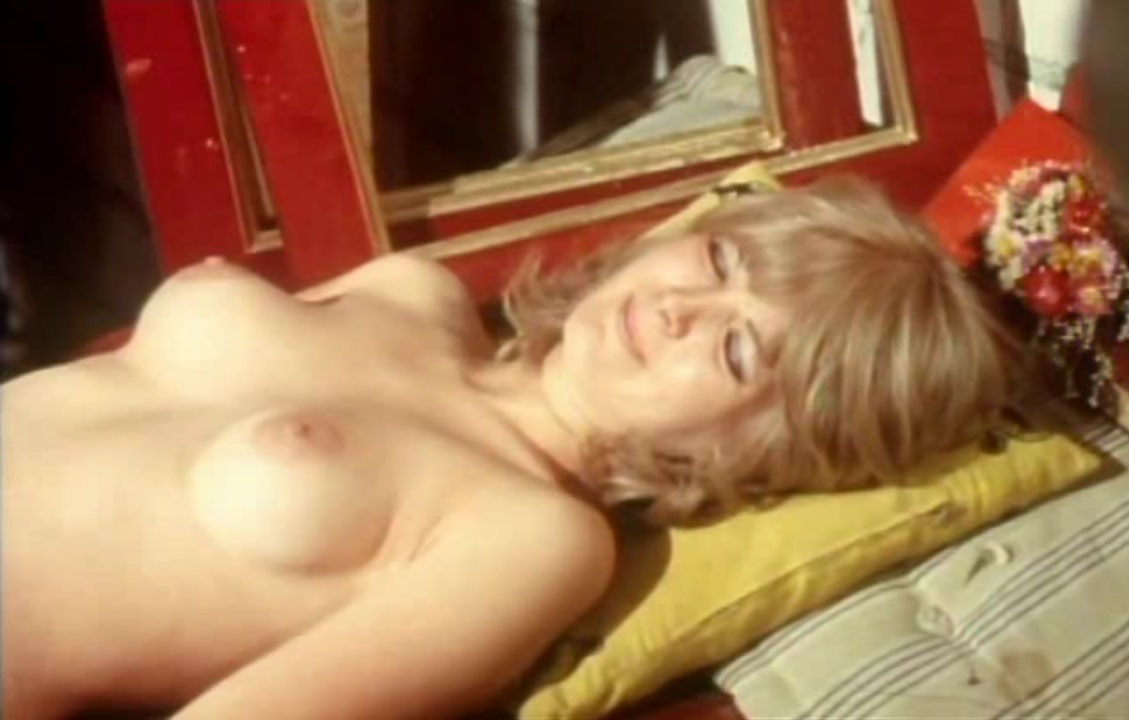 Клаудия Филерз голая. Фото - 23