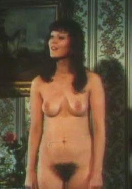 Клаудия Филерз голая. Фото - 3