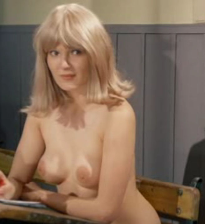Клаудия Филерз голая. Фото - 31