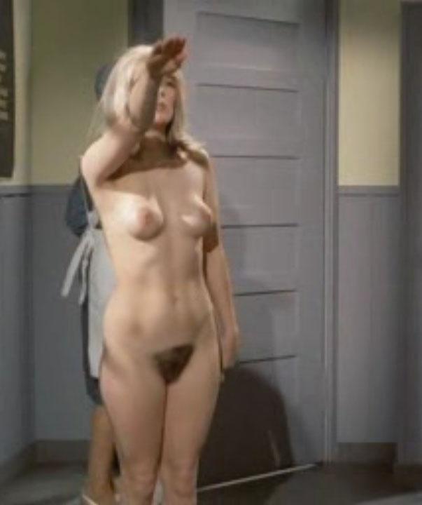Клаудия Филерз голая. Фото - 49