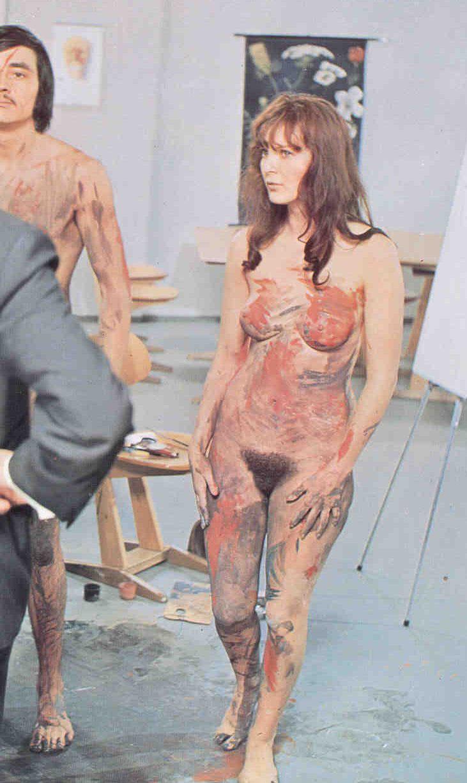 Клаудия Филерз голая. Фото - 57