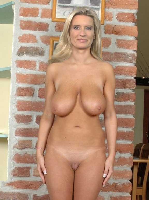 Claudia Kleinert Nackt. Fotografie - 20