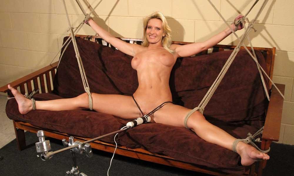 Claudia Kleinert Nackt. Fotografie - 32