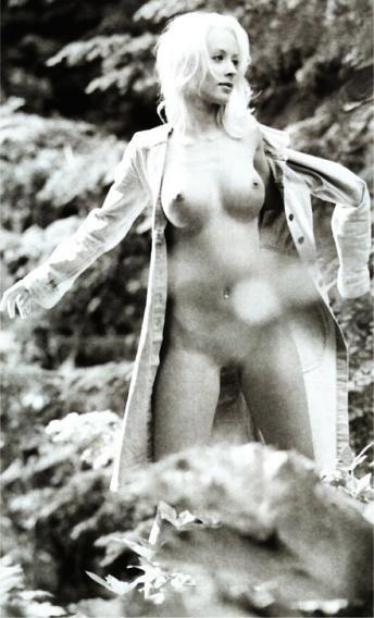 Кора Шумахер голая. Фото - 1