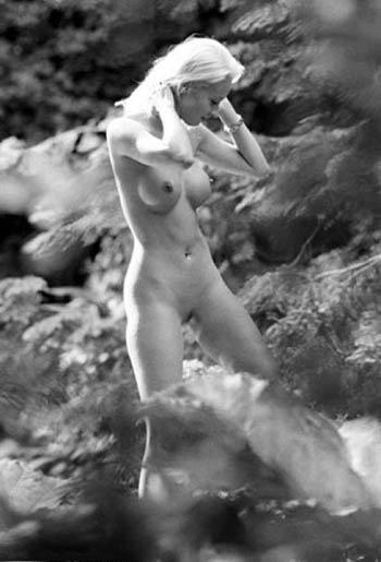 Кора Шумахер голая. Фото - 2
