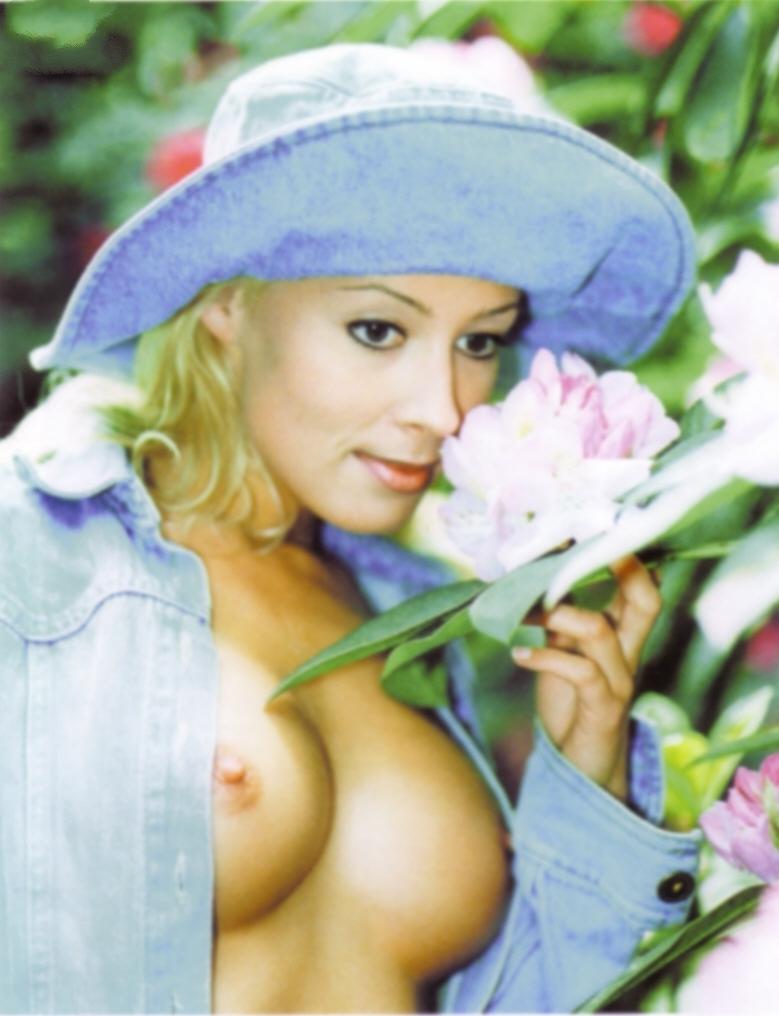 Кора Шумахер голая. Фото - 22