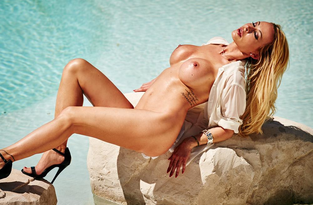 Кора Шумахер голая. Фото - 27