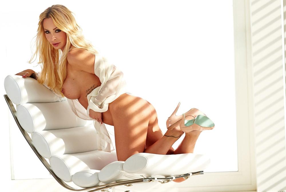 Кора Шумахер голая. Фото - 32