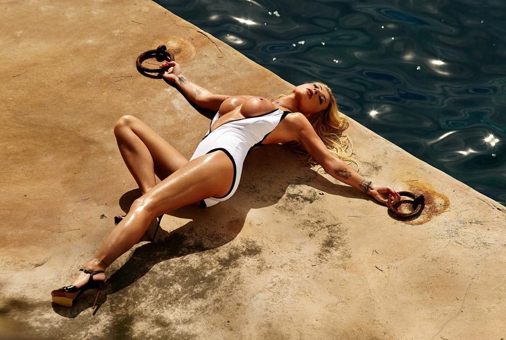 Кора Шумахер голая. Фото - 33