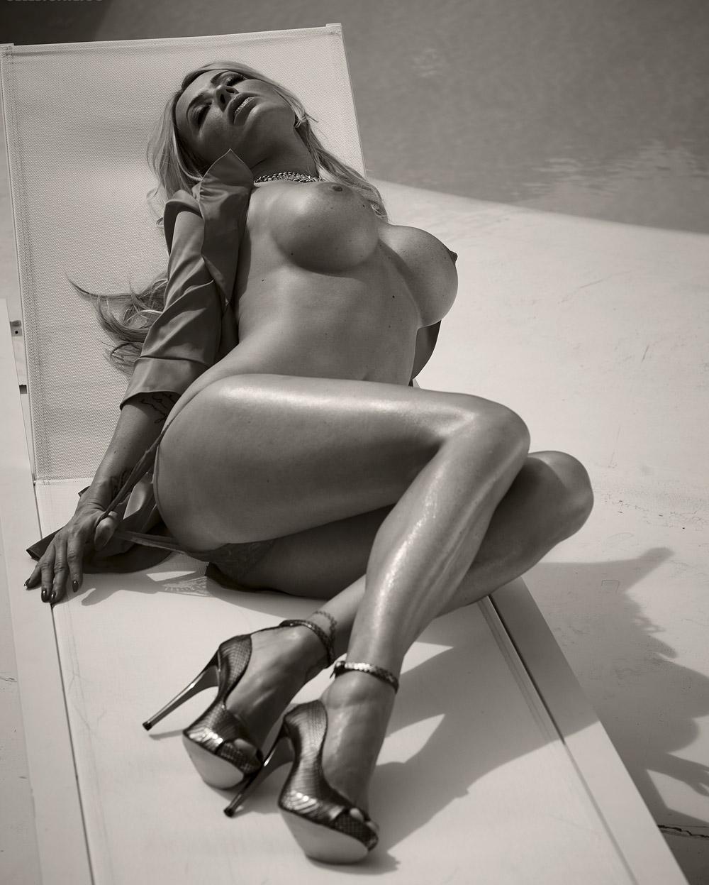 Кора Шумахер голая. Фото - 45