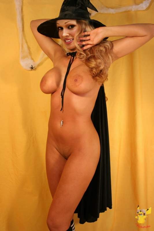 Даниэла Катценбергер голая. Фото - 11