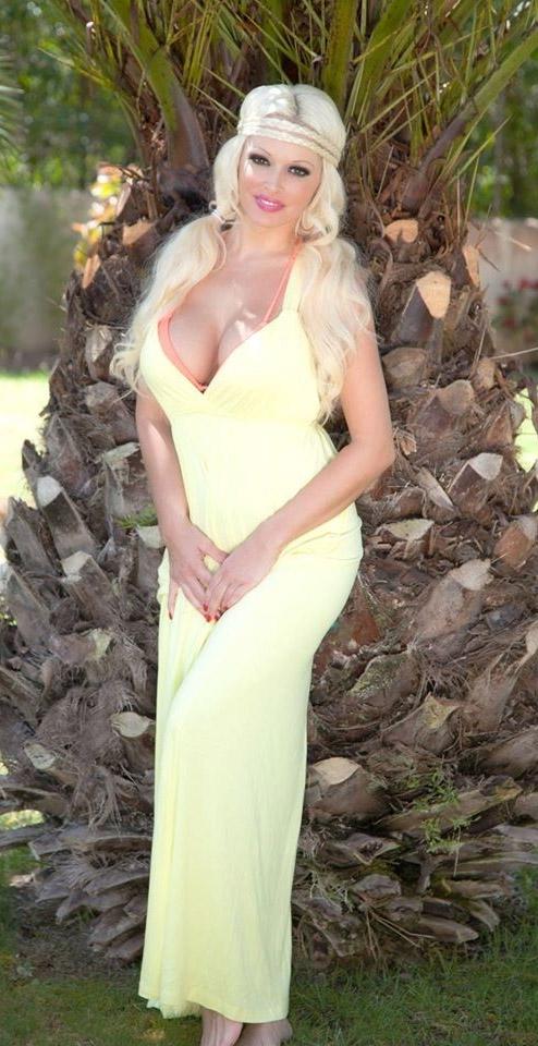 Даниэла Катценбергер голая. Фото - 7