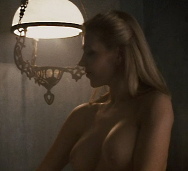 ДаворкаТовило голая. Фото - 46