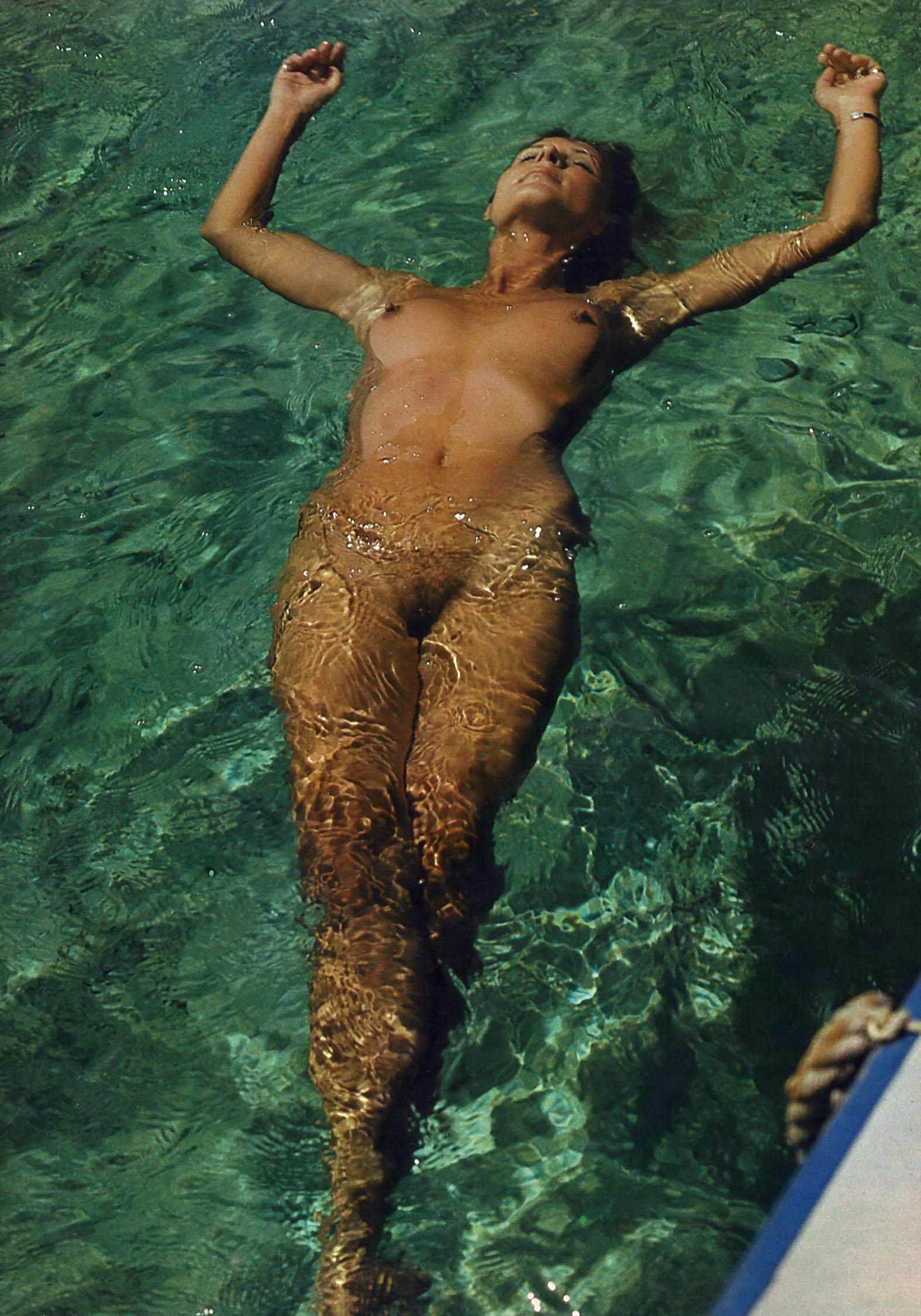 Диана Кёрнер голая. Фото - 8