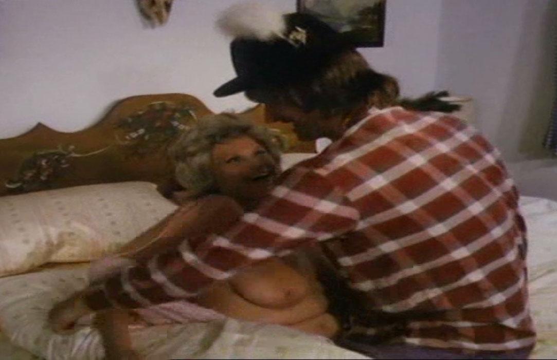 Дорис Делаас голая. Фото - 1