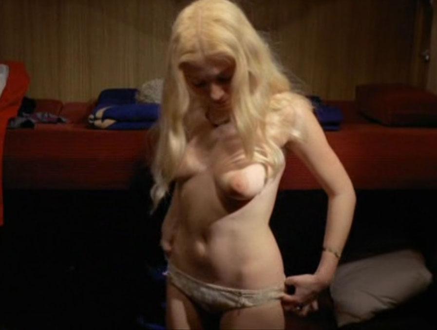 Дорит Хенке голая. Фото - 5