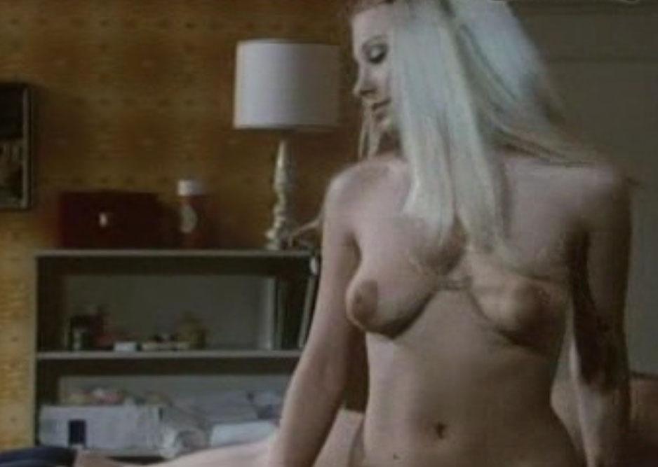 Дорит Хенке голая. Фото - 79