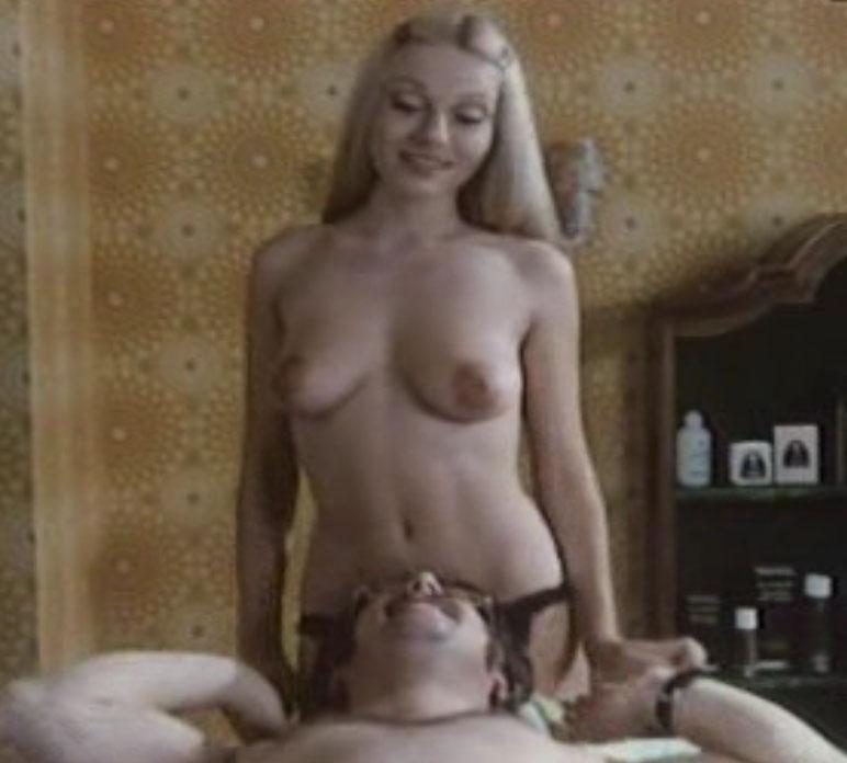 Дорит Хенке голая. Фото - 82