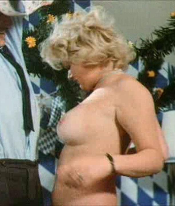 Доротея Рау голая. Фото - 105