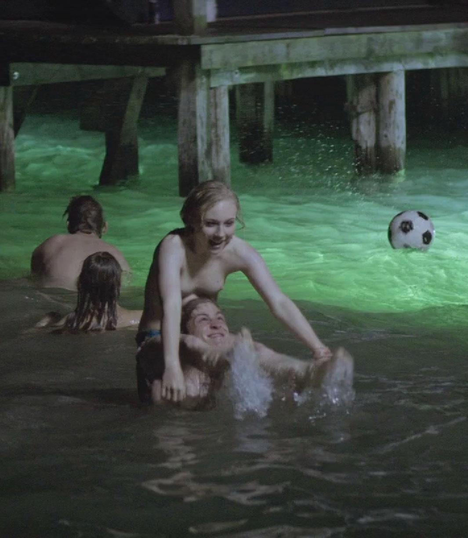 Элиза Шлотт голая. Фото - 10
