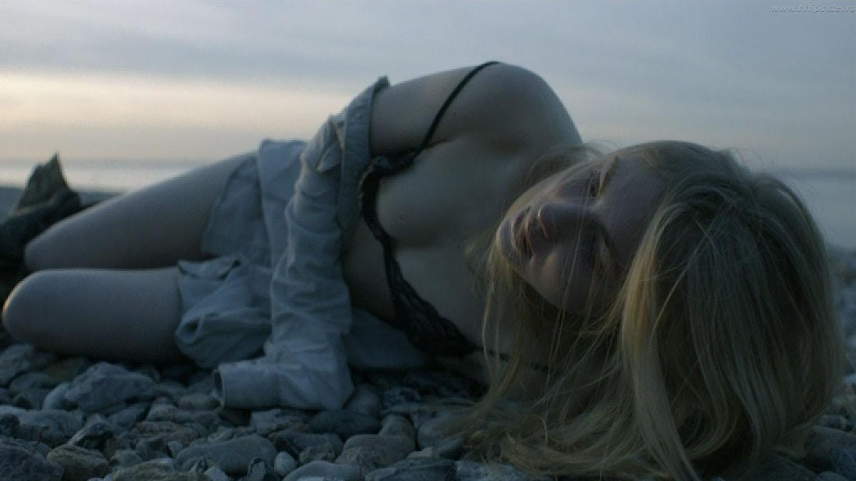 Элиза Шлотт голая. Фото - 16
